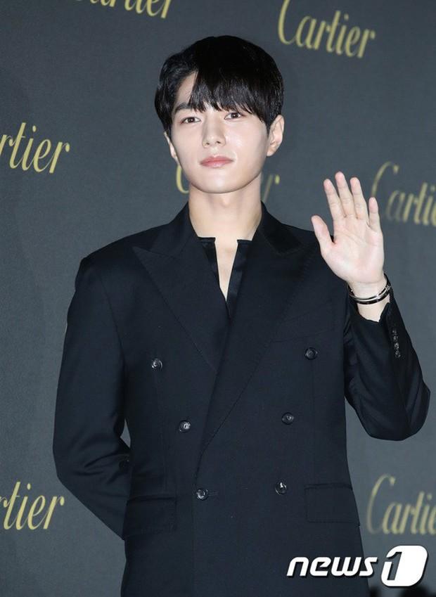 Dàn sao hạng A đổ bộ siêu sự kiện: Jisoo (BLACKPINK) đè bẹp Shin Min Ah, đau đầu vì quân đoàn nam thần quá hot hội tụ - Ảnh 16.