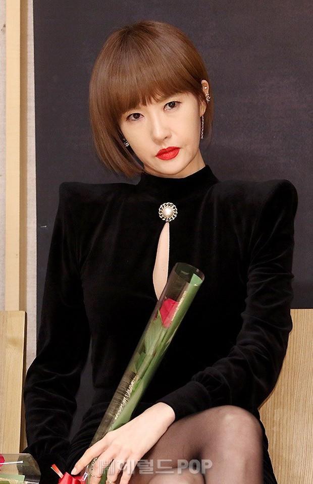 Kim Sun Ah: Nàng Kim Sam Soon ú nu nay làm bà trùm cung đấu, đánh ghen nổi gai ốc! - Ảnh 12.