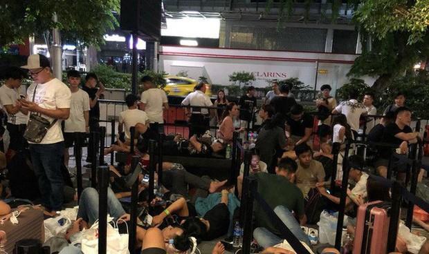 Từ Singapore: Cô gái Việt số thứ tự 01 kể hành trình xếp hàng 30 tiếng săn iPhone 11 - Ảnh 6.