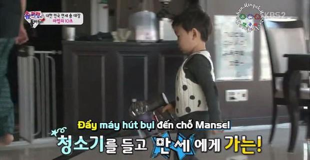 """Học hỏi """"Ông bố quốc dân"""" Song Il Gook: Tưởng chóng mặt với đàn con sinh 3 nhưng lại nhàn tênh với cách dạy con độc đáo - Ảnh 7."""