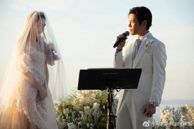 Đám cưới như trò hề của Cbiz: Liên tục phủ nhận, tình cũ Seungri và cháu trùm mafia Hong Kong hôm nay tung ảnh hôn lễ - Ảnh 9.