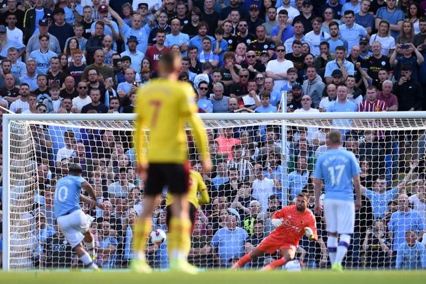 Cực sốc: Đương kim vô địch Ngoại hạng Anh hủy diệt đối thủ với tỷ số kinh hoàng - Ảnh 3.