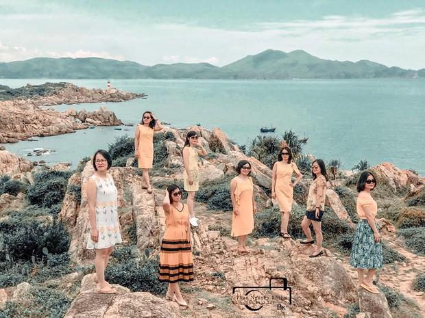 Bộ ảnh du lịch Phú Yên của hội những bà mẹ U50 chứng minh một điều rằng: Thanh xuân đã qua không có nghĩ là chúng ta già đi! - Ảnh 2.