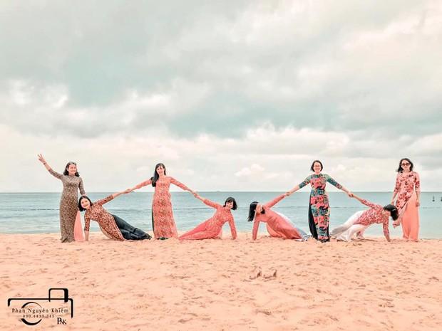 Bộ ảnh du lịch Phú Yên của hội những bà mẹ U50 chứng minh một điều rằng: Thanh xuân đã qua không có nghĩ là chúng ta già đi! - Ảnh 6.
