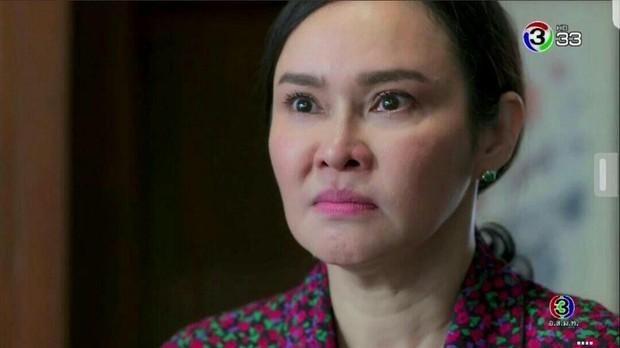 4 mẹ chồng trời ơi đất hỡi ở phim Thái: Chị thì mê cà khịa, nhưng đáng chỉ trích hơn cả là màn bách hợp với con dâu? - Ảnh 7.