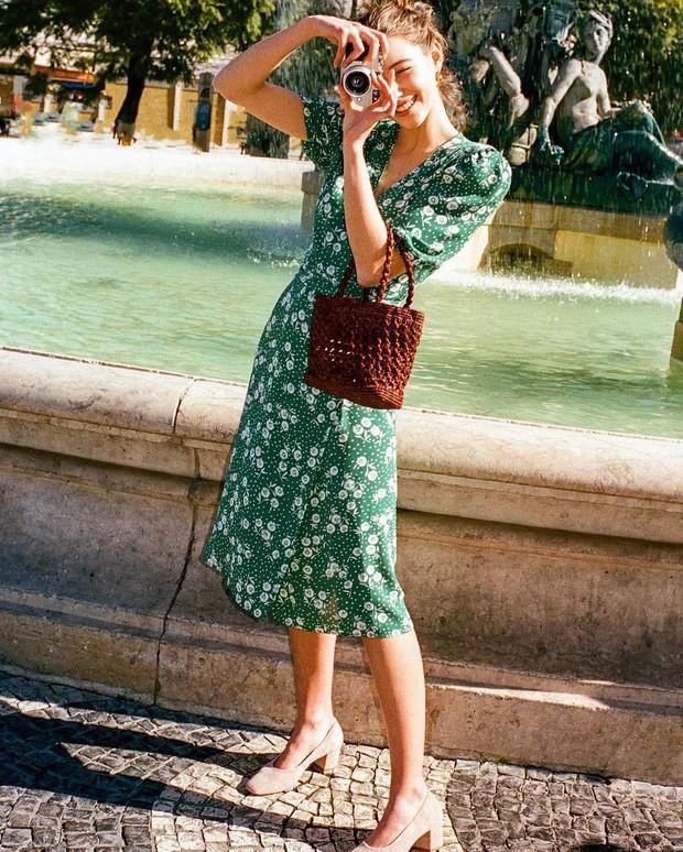 Những nàng sành điệu từ Á sang Âu đều đang diện một mẫu váy rất nhã và tôn dáng, bạn còn chờ gì mà không học tập? - Ảnh 1.