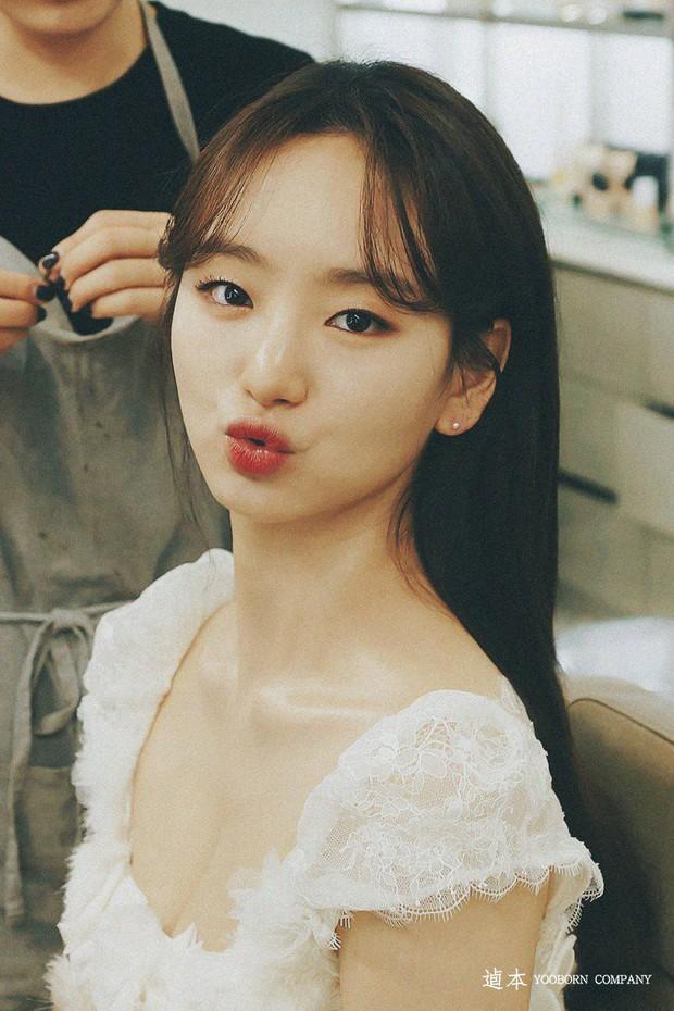 Ji Chang Wook đẹp không góc chết, dìm đẹp nhan sắc nữ chính tại họp báo Nhẹ Nhàng Tan Chảy - Ảnh 17.