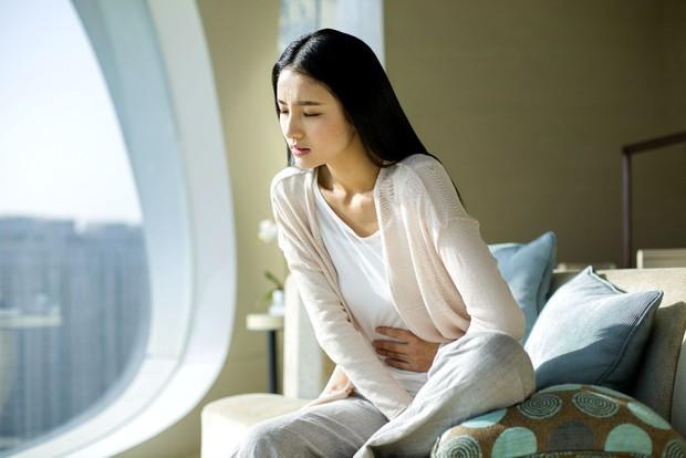 5 dấu hiệu cho biết cơ thể các bạn nữ đang thiếu hụt nội tiết tố giúp duy trì sắc đẹp - Ảnh 2.