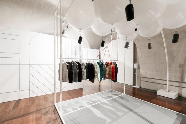 Hãng thời trang Nhật Bản UNIQLO tổ chức triển lãm quốc tế tại Luân Đôn - Ảnh 4.