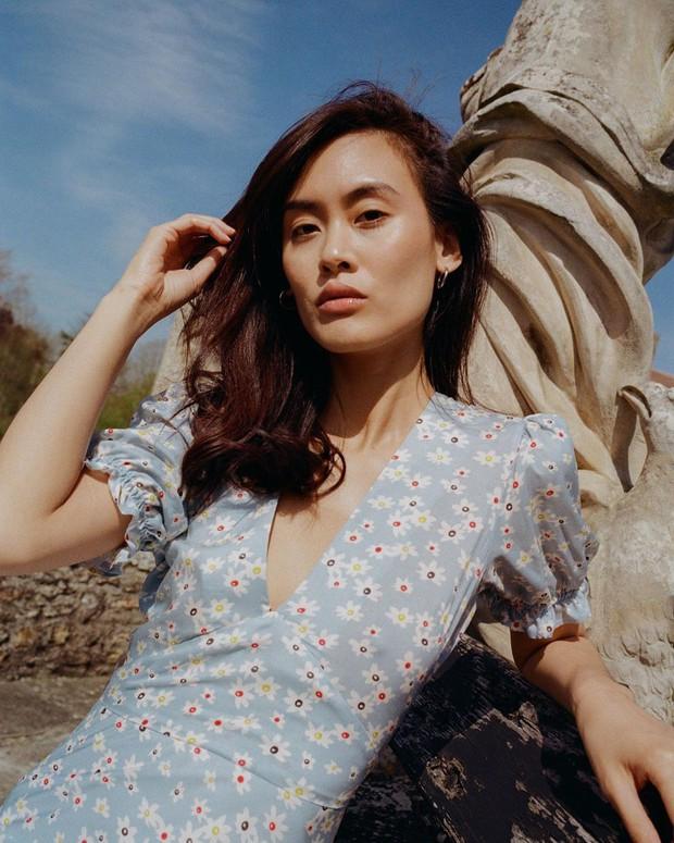 Những nàng sành điệu từ Á sang Âu đều đang diện một mẫu váy rất nhã và tôn dáng, bạn còn chờ gì mà không học tập? - Ảnh 10.