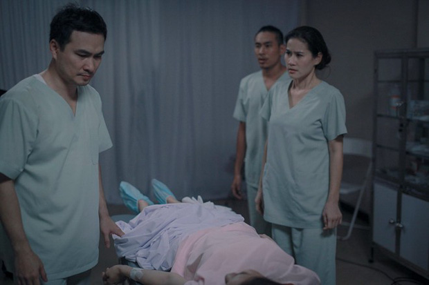 Việt Anh phẫu thuật đẹp hơn Soobin đã là gì, những pha đầu thai đập đi xây lại trên phim còn dữ dằn hơn đây! - Ảnh 9.