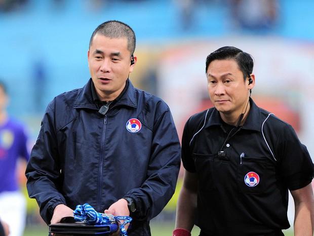 Đen như tuyển thủ U22 Việt Nam: 2 năm bị từ chối 2 bàn thắng vì trọng tài quên rút thẻ đỏ, chỉ sai hướng - Ảnh 1.