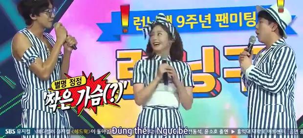 Hồn nhiên như Jeon So Min: Khen Kim Jong Kook... ngực to ngay tại fanmeeting của Running Man - Ảnh 2.