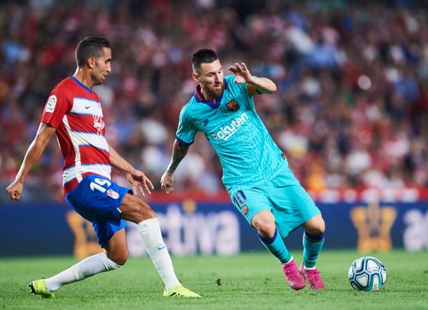 Barca thảm bại trước đội bóng mới lên hạng cùng loạt thống kê siêu tệ hại, fan đồng loạt kêu gọi sa thải ông thầy được Messi hết lòng ủng hộ - Ảnh 7.
