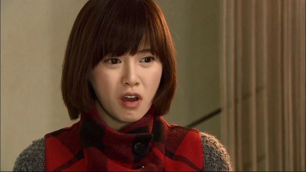 5 trường hợp khốn đốn vì đi làm thêm trong phim: Goo Hye Sun lẫn Quỳnh Kool đều bị yêu râu xanh quấy rối tình dục! - Ảnh 2.
