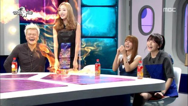Cách sao Hàn phản ứng trước tình thế khó xử: BTS và Jennie (BLACKPINK) chứng tỏ bản lĩnh, búp bê xứ Hàn dính luôn phốt - Ảnh 9.