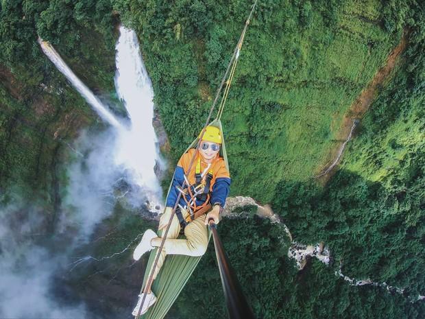 Muốn thử cảm giác mạnh ở Lào, đu đưa ngay trên võng và uống cafe giữa thác nước cao 140m này đi! - Ảnh 16.