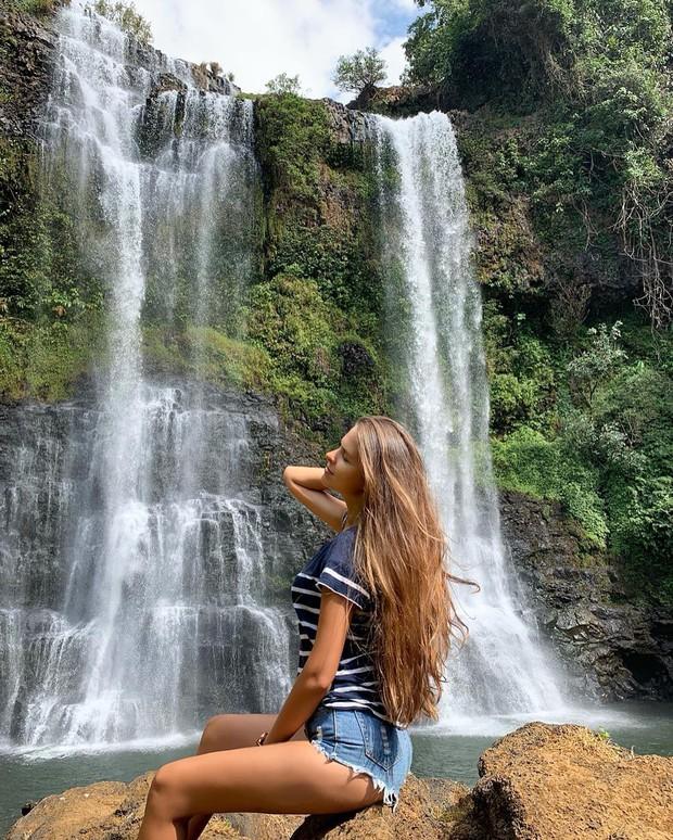 Muốn thử cảm giác mạnh ở Lào, đu đưa ngay trên võng và uống cafe giữa thác nước cao 140m này đi! - Ảnh 6.