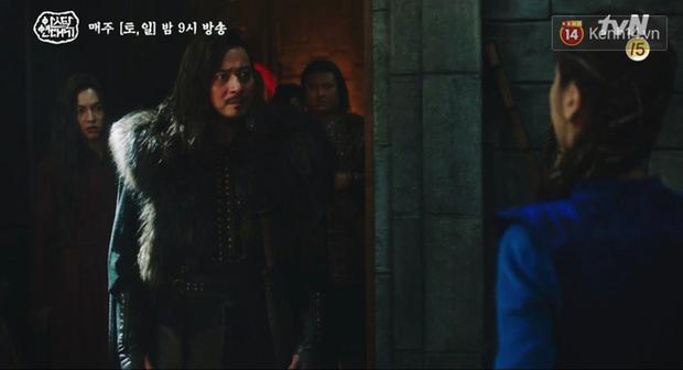 Lạnh người màn dằn mặt Jang Dong Gun của mẹ trẻ Kim Ok Bin ngay tập 17 Arthdal Niên Sử Kí - Ảnh 6.