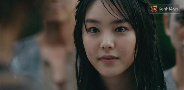 Ngộp thở với màn phân thân của Song Joong Ki: Người cầm đầu cuộc chiến, kẻ tàn độc tra tấn người không ghê tay - Ảnh 5.