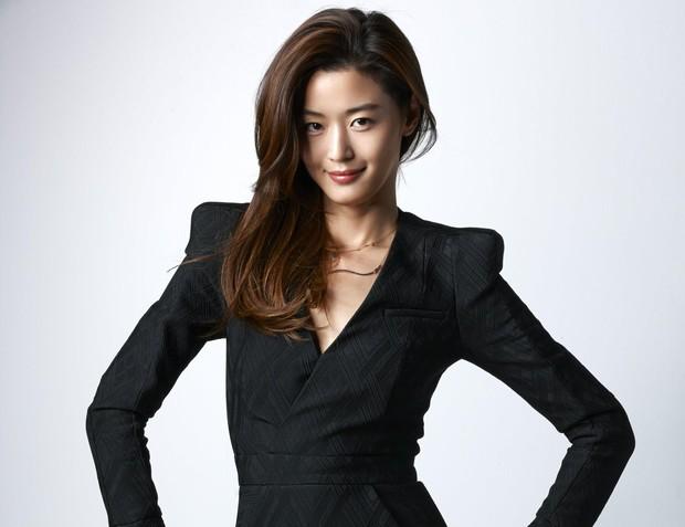 5 pha làm màu rùng mình trên phim Hàn: Mợ chảnh Jeon Ji Hyun là thánh sống ảo, Kim Ji Won làm aegyo gây sốt cả châu Á - Ảnh 1.