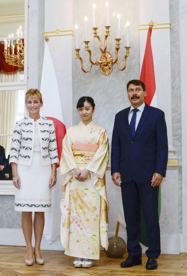 Sau màn lột xác ngoạn mục, Công chúa Nhật Bản gây thất vọng với vẻ ngoài kém sắc vì sự lựa chọn thiếu tinh tế trong chuyến đi mới nhất - Ảnh 1.