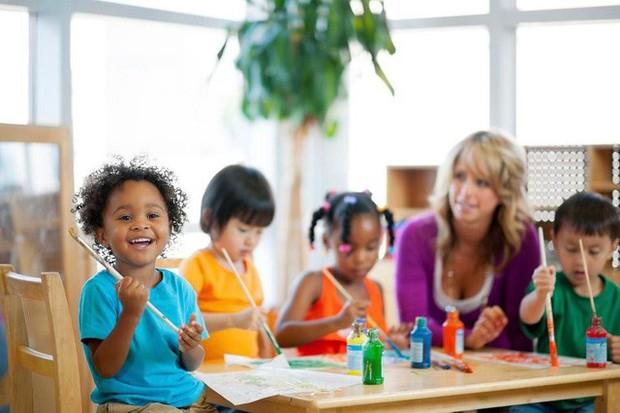Chiến thuật cân bằng cuộc sống: Làm thế nào để trở thành ông bố, bà mẹ tốt trong khi phần lớn thời gian bạn phải dành cho công việc? - Ảnh 2.