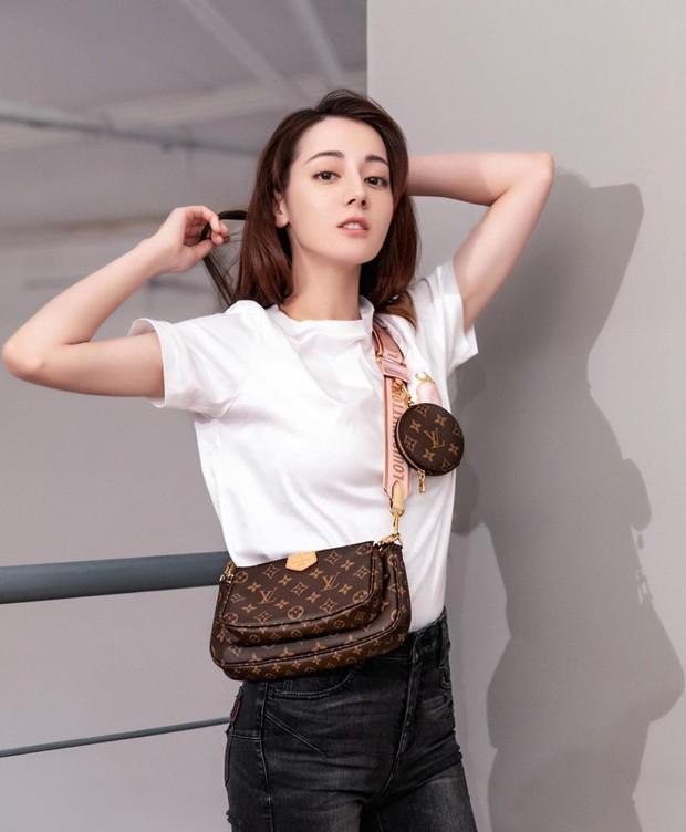 Mua 1 được hẳn 3 lại mix thế nào cũng đẹp, chẳng trách chiếc túi hiệu này được các sao nữ, fashionista khắp muôn nơi mê tít - Ảnh 11.