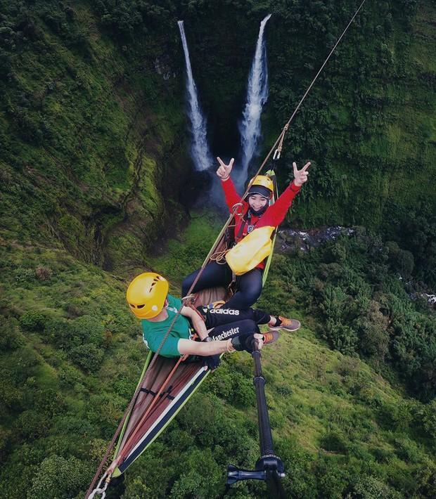 Muốn thử cảm giác mạnh ở Lào, đu đưa ngay trên võng và uống cafe giữa thác nước cao 140m này đi! - Ảnh 10.