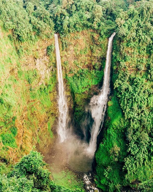 Muốn thử cảm giác mạnh ở Lào, đu đưa ngay trên võng và uống cafe giữa thác nước cao 140m này đi! - Ảnh 2.