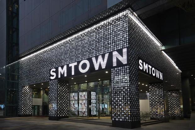 Góc tối sau ánh hào quang của SM: Là bệ phóng danh vọng cho gà nhà, nhưng cũng là công ty duy nhất có 2 idol tự tử - Ảnh 7.