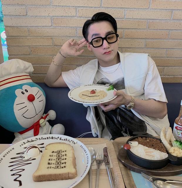 """Bí ẩn của ngày: Bảo tàng Doraemon ở Nhật có gì mà khiến Sơn Tùng nổi hứng chụp ảnh """"cưa sừng làm nghé"""" thế này? - Ảnh 8."""