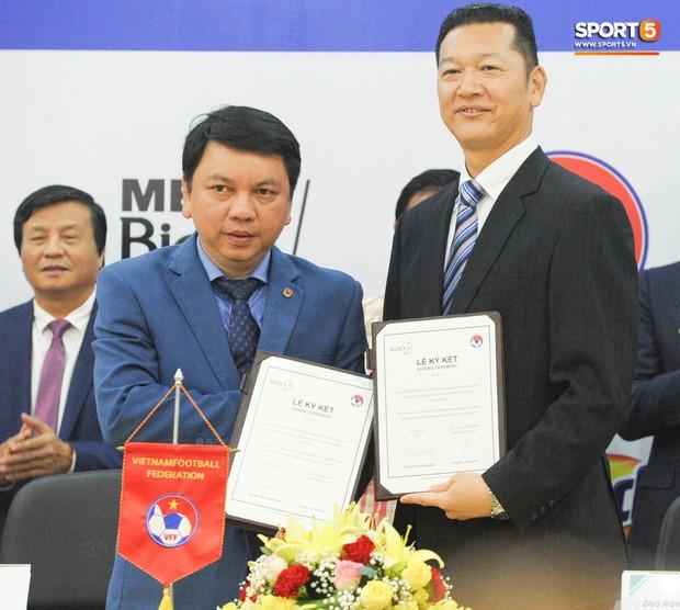 Quế Ngọc Hải, Hoàng Đức bảnh bao tại Lễ công bố nhà tài trợ đội tuyển bóng đá Quốc gia Việt Nam - Ảnh 1.