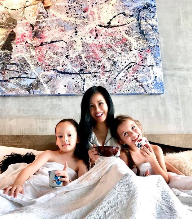 Chỉ một bức ảnh, con gái Hồng Nhung đã gây bão mạnh với vẻ đẹp lai cực phẩm: Mỹ nhân tương lai đây rồi! - Ảnh 4.