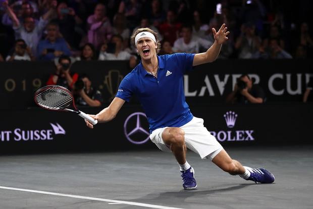 Khoảnh khắc may ra cả năm mới có 1 lần: Federer và Nadal rạng rỡ cùng nhau nâng cúp vô địch thế giới - Ảnh 6.