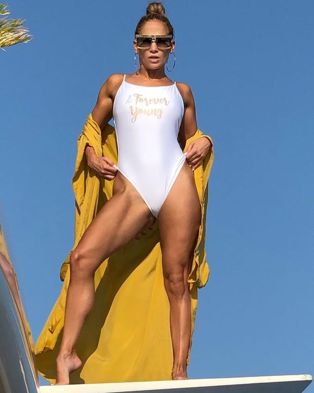 Học ngay bí kíp trẻ mãi không già của Jennifer Lopez, U50 mà nhìn như mới 30 tuổi - Ảnh 7.