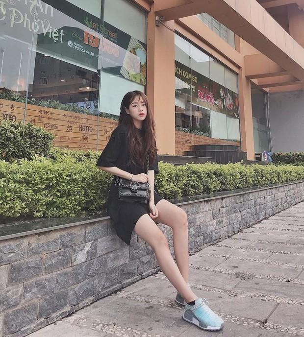 Hot girl được báo Trung khen xinh như búp bê: Thu nhập mỗi tháng của mình ổn định ở khoảng 50-70 triệu/tháng - Ảnh 6.