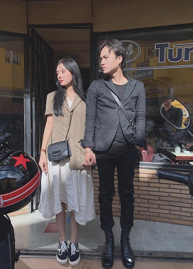 Lâm Á Hân công khai nắm tay tình mới sau ly hôn gần 2 năm, trả lời bạn bè: Tới thời, cản hổng được! - Ảnh 1.