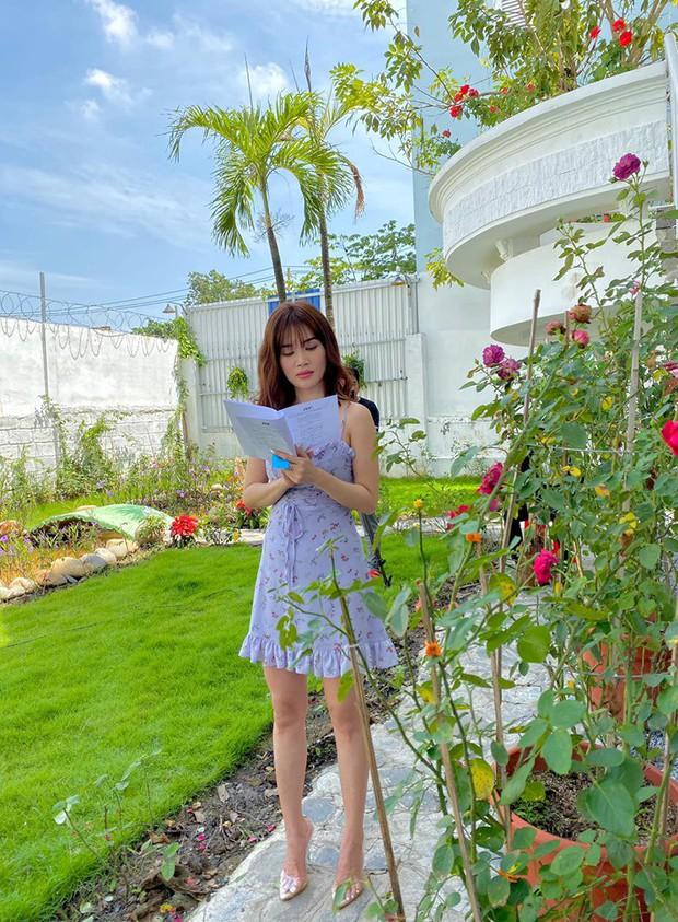 Sóng gió cũ chưa nguôi, Sĩ Thanh lại bị netizen tổng tấn công khi tự nhận giống nữ hoàng nhan sắc Song Hye Kyo - Ảnh 1.