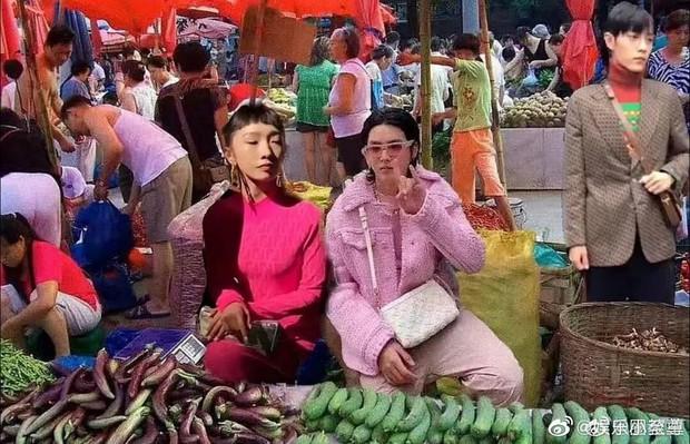 Ăn diện đi fashion week nhưng Ngô Diệc Phàm cùng 2 sao Cbiz lại bị chê là phá đồ hiệu, trông như tiểu thương ở chợ đầu mối - Ảnh 1.