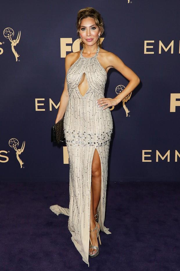 Siêu thảm tím Emmy 2019: Chị em Kim - Kendall xuất sắc đến mức lấn át mẹ Rồng, dàn sao khủng lộng lẫy ngút ngàn - Ảnh 23.