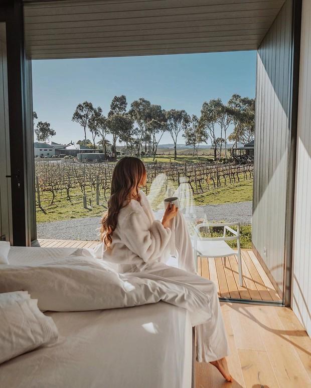 Đi du lịch nghỉ dưỡng nhưng lại bị mất ngủ? Đây là 21 cách giúp ngủ dễ hơn mà ai ở khách sạn cũng nên áp dụng - Ảnh 5.
