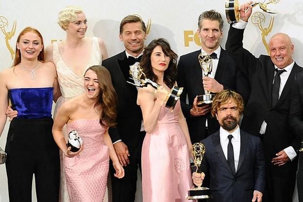 Game of Thrones ẵm Emmy 2019: Nghe vô lý đùng đùng mà ngẫm lại thấy cực thuyết phục? - Ảnh 2.