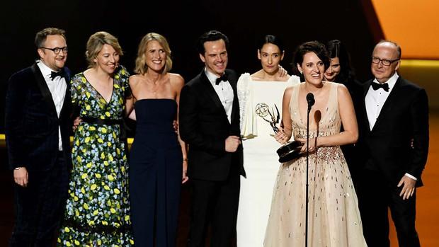 Emmy 2019: Diễn viên đồng tính làm nên lịch sử, Game of Thrones tạm hài lòng với 2 tượng vàng - Ảnh 2.