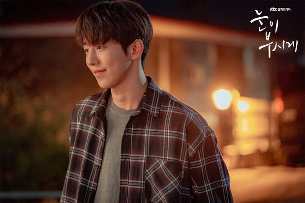 Nam Joo Hyuk nhận phim điện ảnh mới, hợp rơ như Dazzling hay tiếp tục làm khán giả đập remote vì diễn xuất tệ? - Ảnh 2.