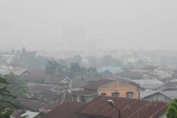 Indonesia: Chất lượng không khí của thủ đô khói mù xuống thấp kỷ lục  - Ảnh 3.