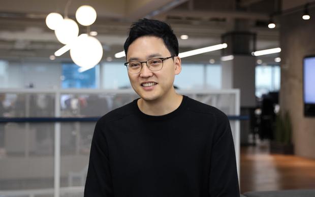 Trái lời cha mẹ, quyết bỏ công việc ổn định để khởi nghiệp, chàng nha sỹ trở thành ông chủ startup 2 tỷ USD ở tuổi 37 - Ảnh 1.