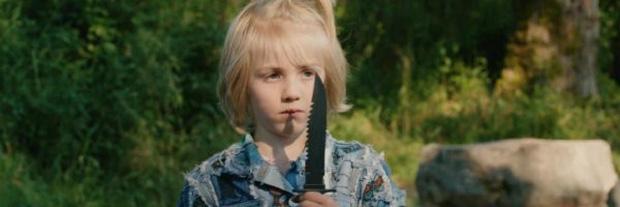 Netflix hù fan với một loạt phim kinh dị chào Halloween: Hết đồng cỏ nuốt người đến căn bệnh quái dị - Ảnh 7.