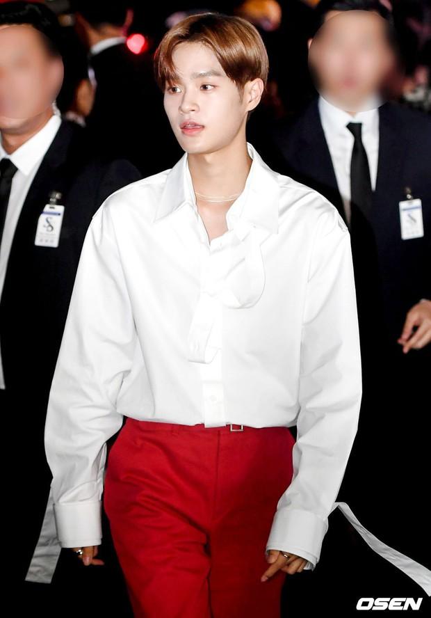 Choáng với sự kiện toàn sao hạng A: Irene và nữ thần Kpop bị bạn gái Kim Woo Bin đè bẹp, Lee Dong Wook như cực phẩm - Ảnh 18.