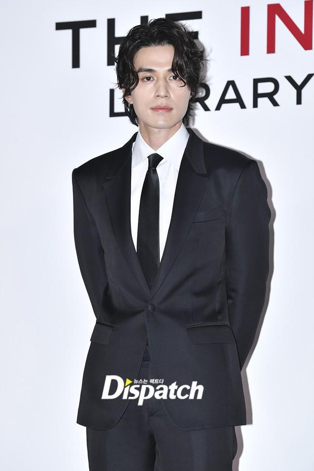 Choáng với sự kiện toàn sao hạng A: 2 nữ thần Kpop bị bạn gái Kim Woo Bin đè bẹp, Lee Dong Wook thế này ai đọ được? - Ảnh 13.
